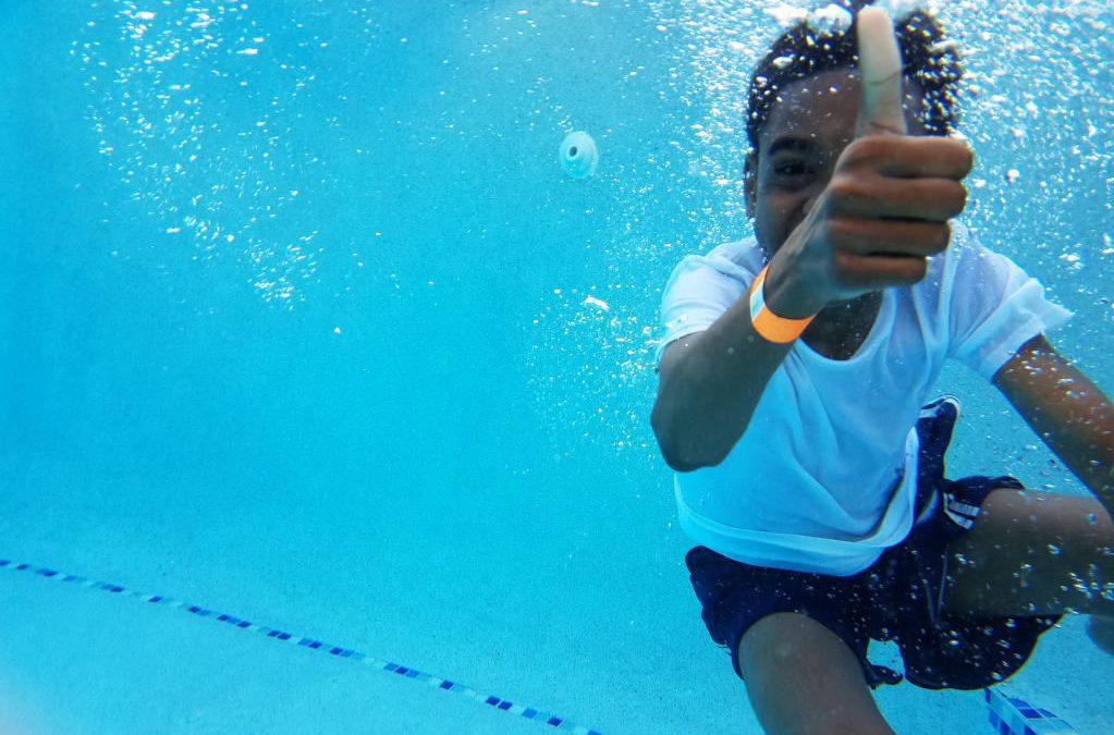 So wird Dein Kind beim Schwimmen richtig Gut